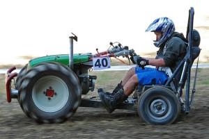 motocoltivatore corsa con sedile